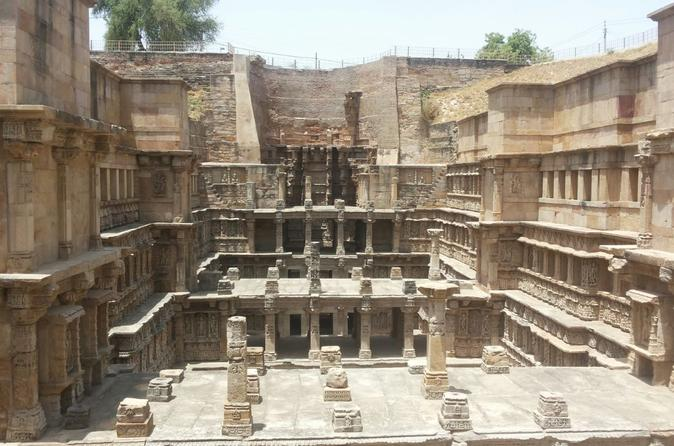 top tourist places to visit near ahmedabad within 100 200 300 kms